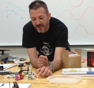 Damon Diehl teaching holography at MCC